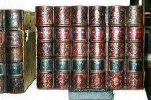 Restauration de boites de notaire en faux dos de livres
